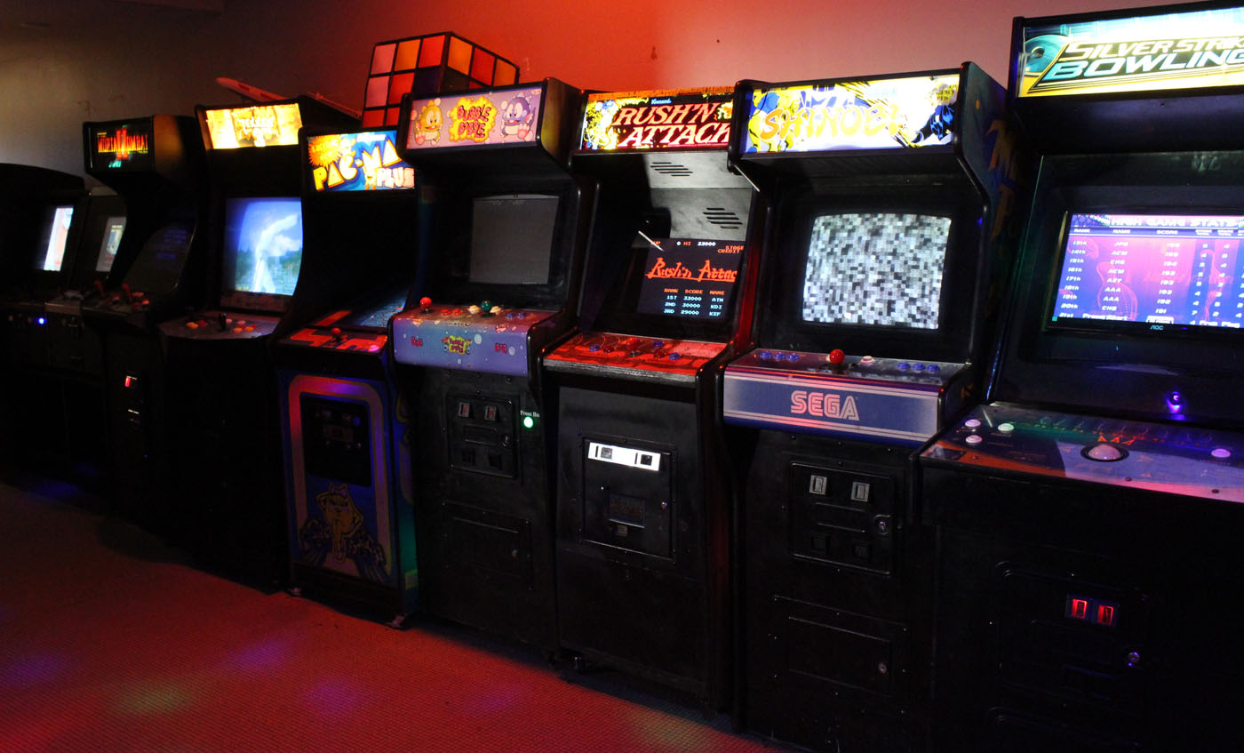 Many classic arcade games at The Machine Shed.